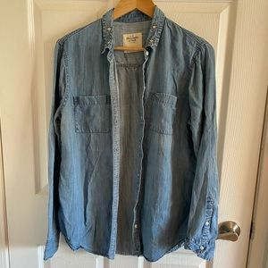 Abercrombie Chambray top with sparkle collar.